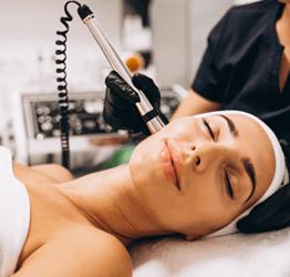 equipo especialista en dermatologia estética